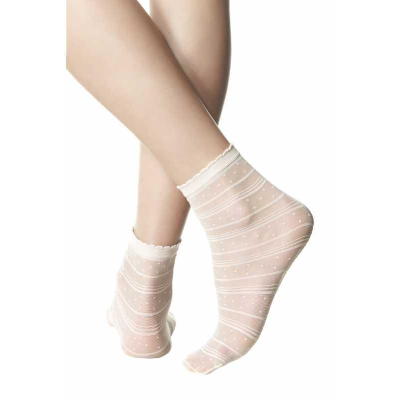 Къси чорапи на точки