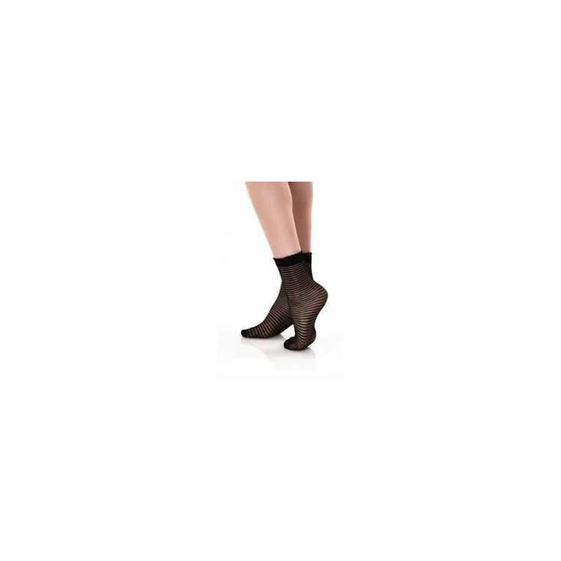 Къси чорапи на райе