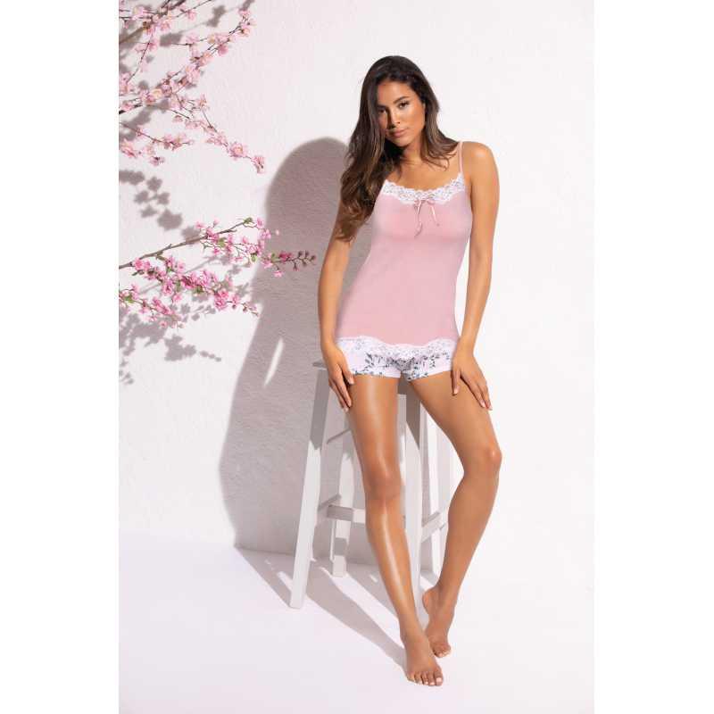 Пижама с къси панталони в свеж летн десен