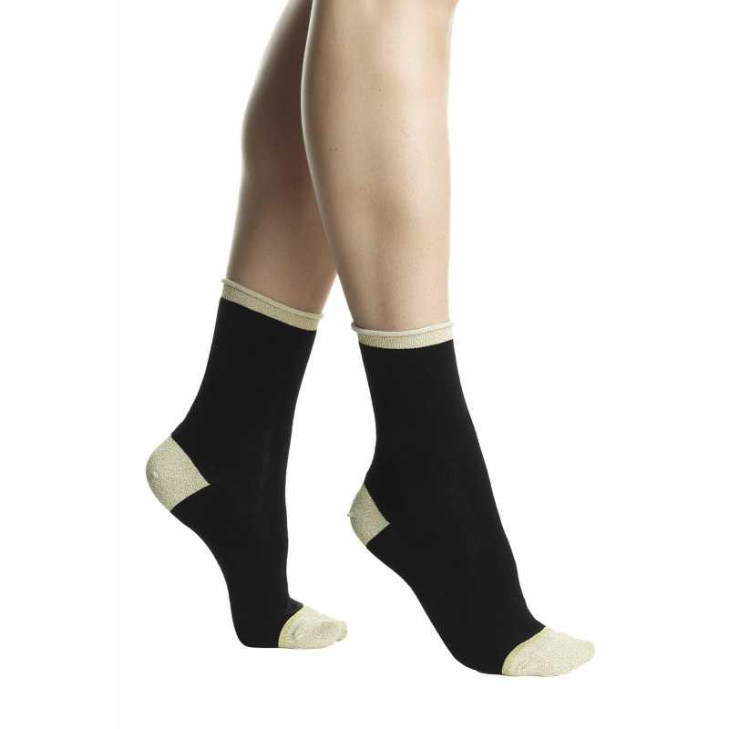 Къси чорапи в черен и златист нюанс