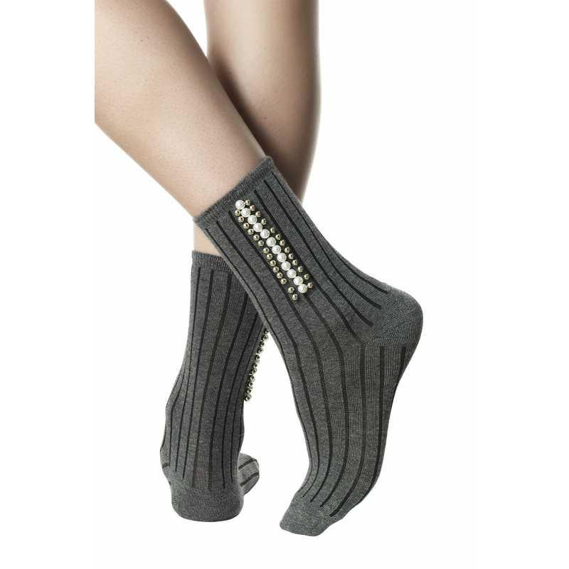 Къси чорапи в сив меланж с перли
