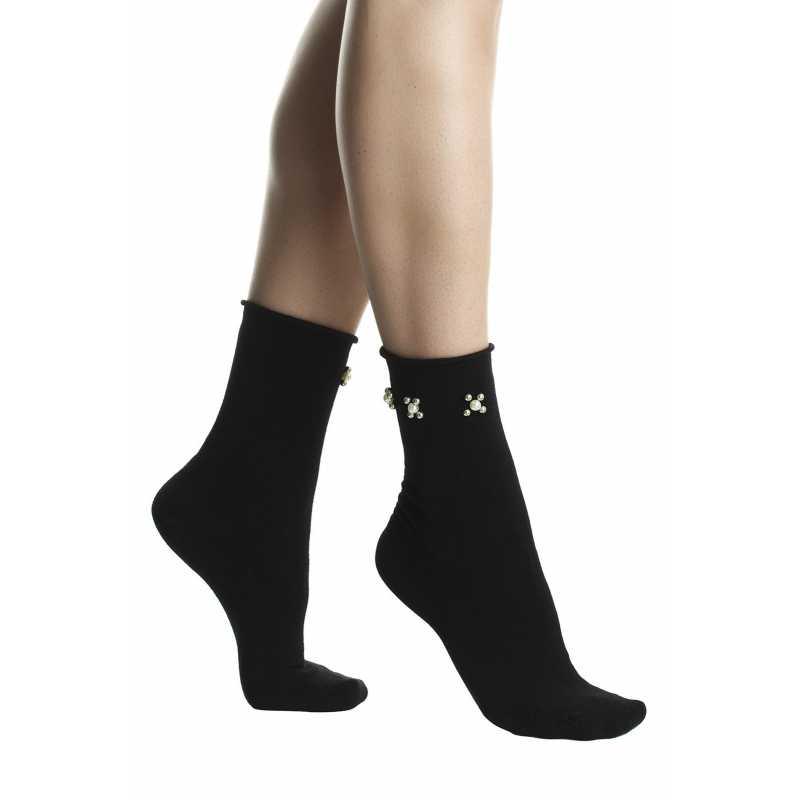 Къси дамски чорапи в черно с перлички
