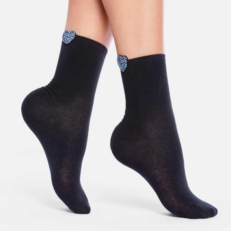 Къси кокетни чорапи с акцент сърце с камъчета