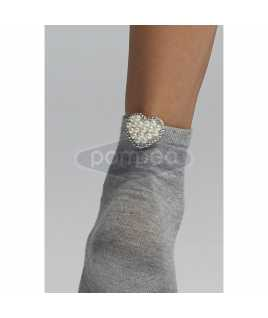 Къси памучни чорапи с бижу сърце с перлички