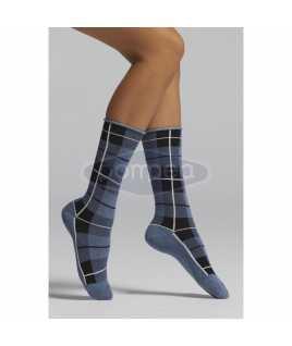 Дамски чорапи на каре