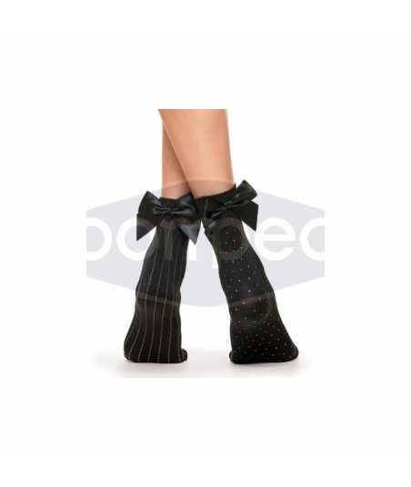 Къси чорапи със сатенена панделка