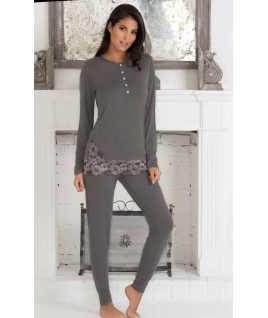 Elegant viscose long sleeves pyjamas