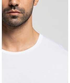 Мъжка памучна тениска с обло деколте